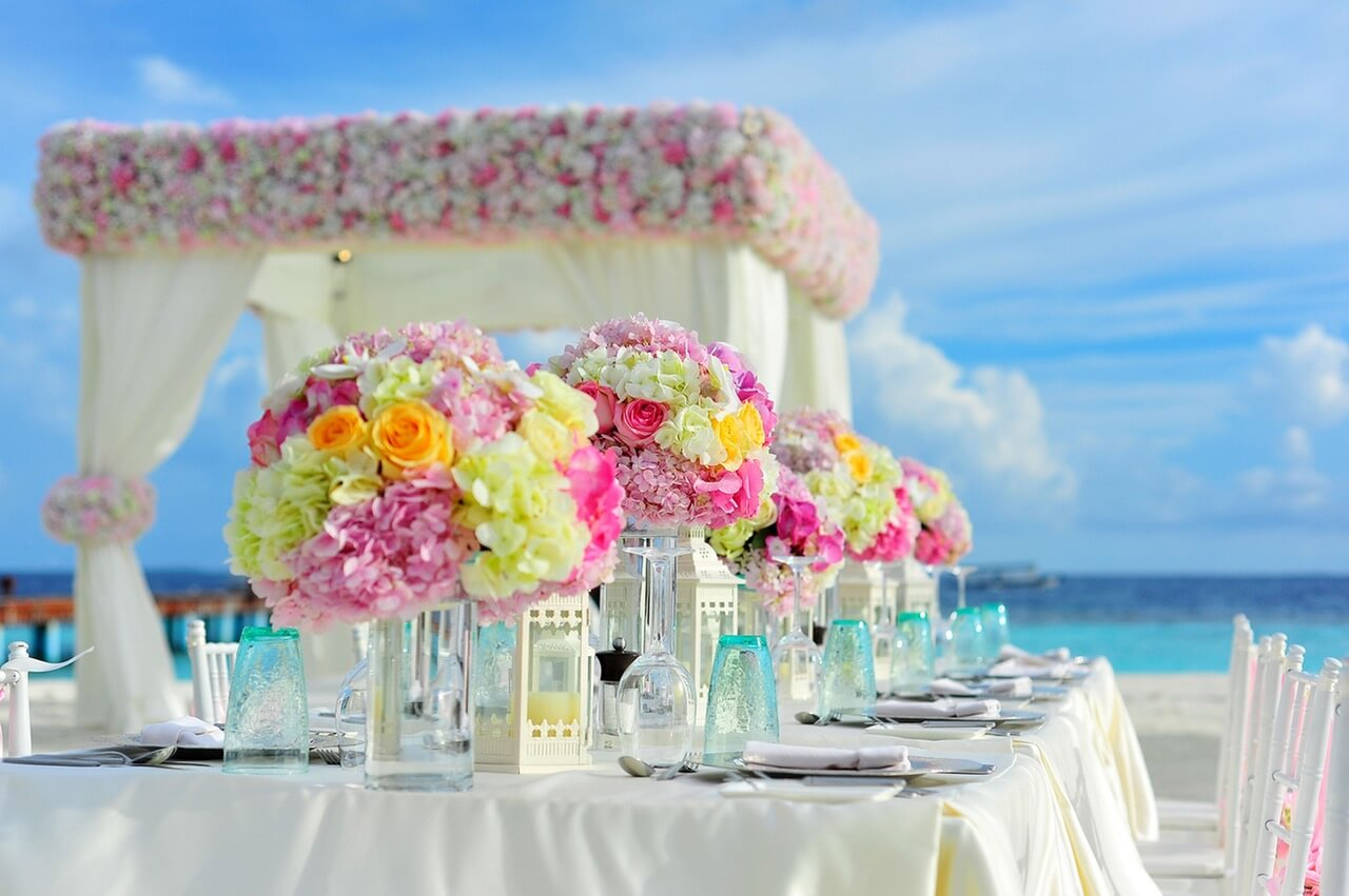 7 Fabulous Things About Summer Weddings Naninas In The Park