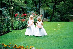 How to Manage Summer Heat in Formal Wedding Attire