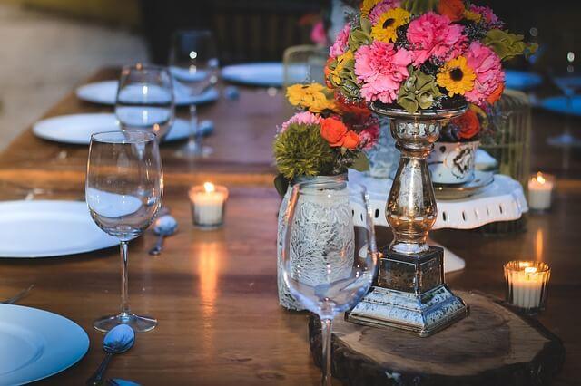 Creative Cost-Effective Centerpieces for Your Winter Garden Wedding